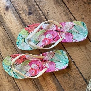 Tommy Bahama flip flop 10 white pink sandals